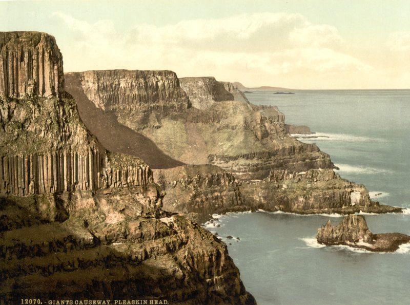 Pleaskin Head, Giant's Causeway. County Antrim, Ireland (Library of Congress)