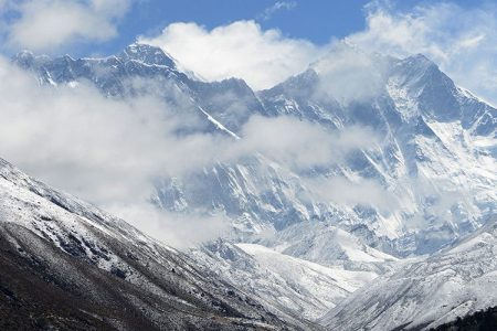Four More Bodies Found on Mount Everest Raising Month's Death Toll to 10