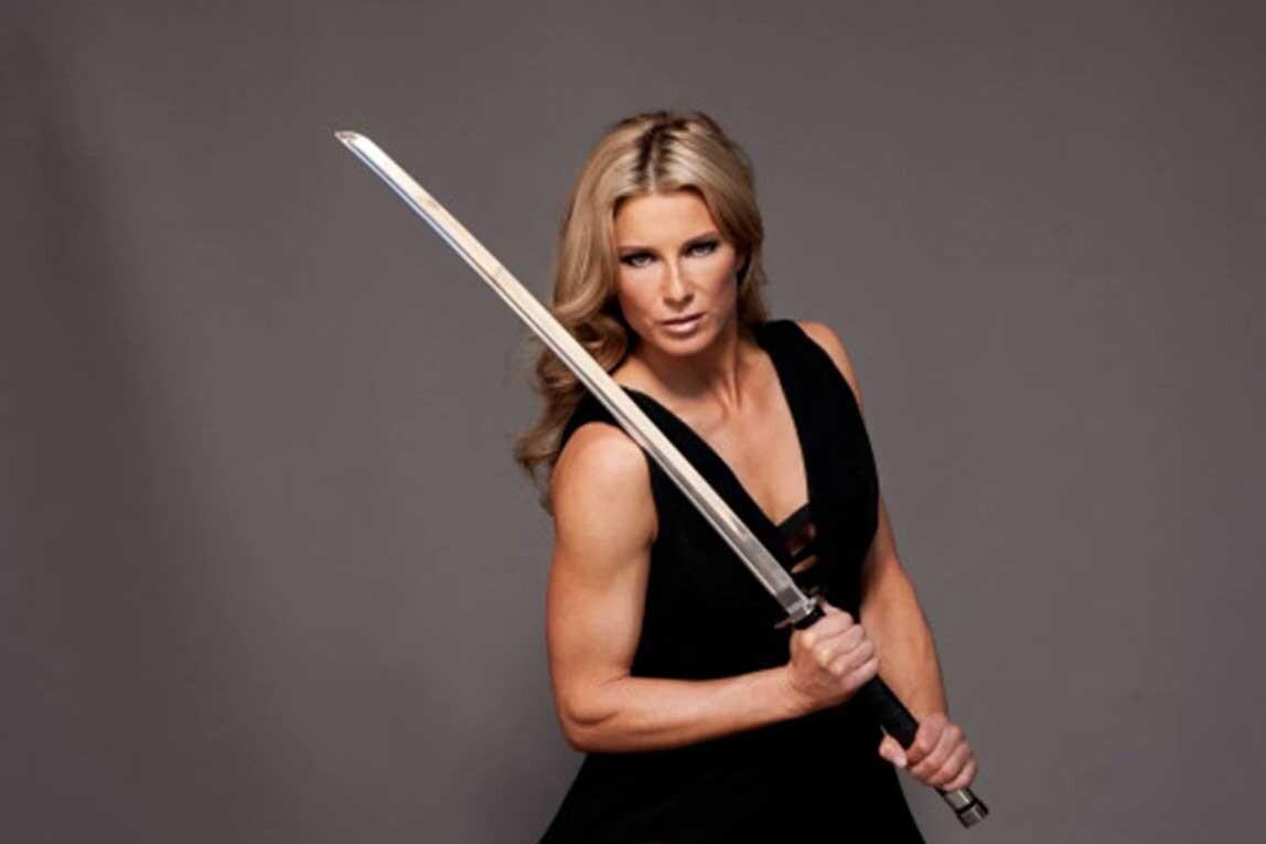 Meet Heidi Moneymaker, Scarlett Johanssons Stuntwoman