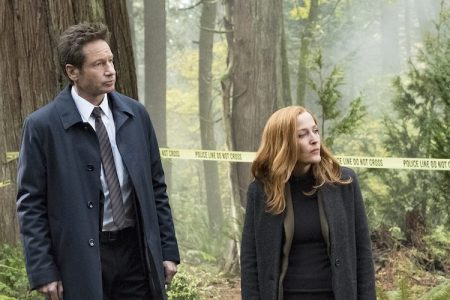 David Duchovny and Gillian Anderson on the set of 'The X-Files.' (Cr:  Eric Millner/FOX.)