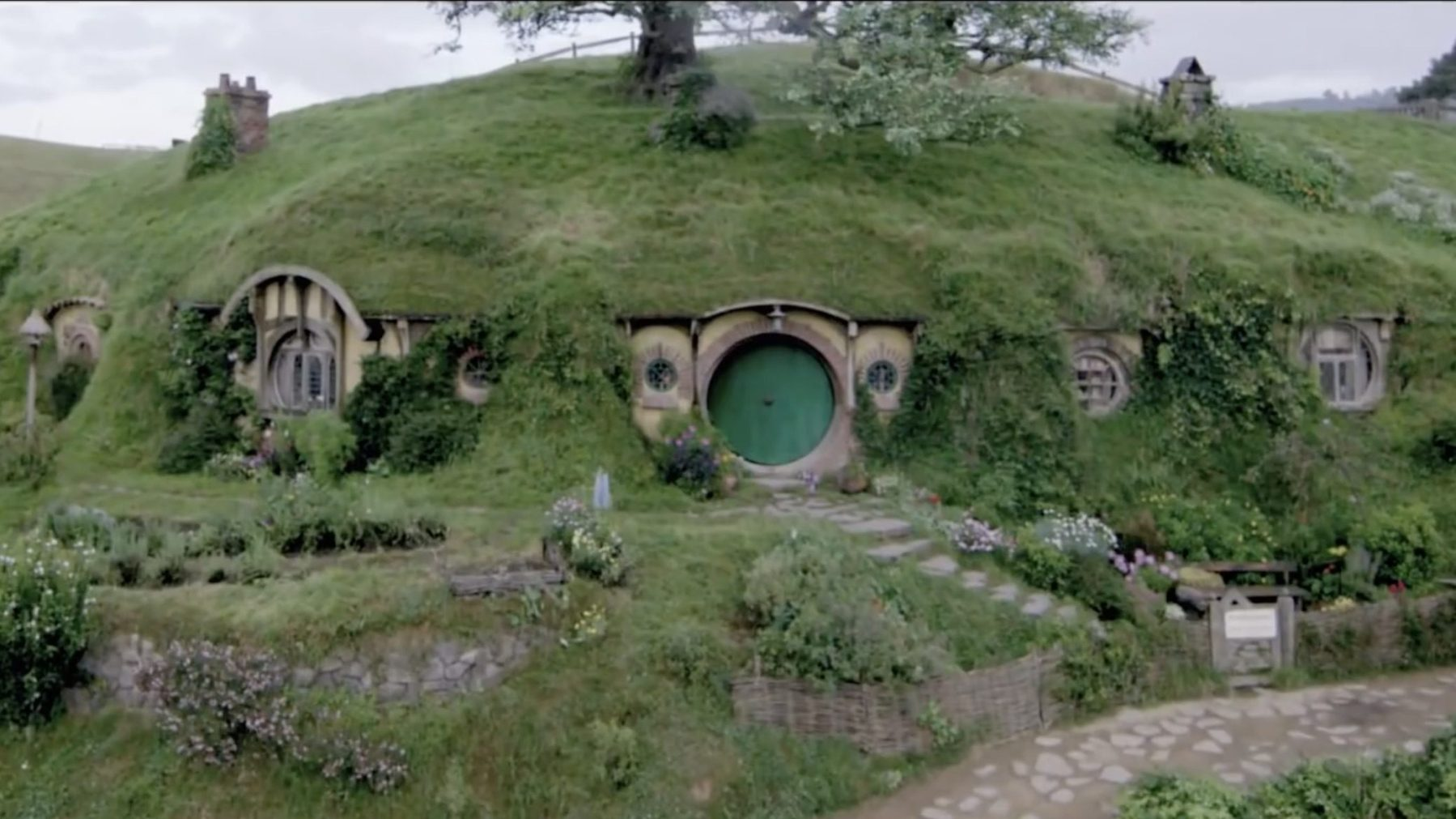 Get a taste of the Shire from 'Lord of the Rings' and 'The Hobbit.' (Hobbiton Tours)