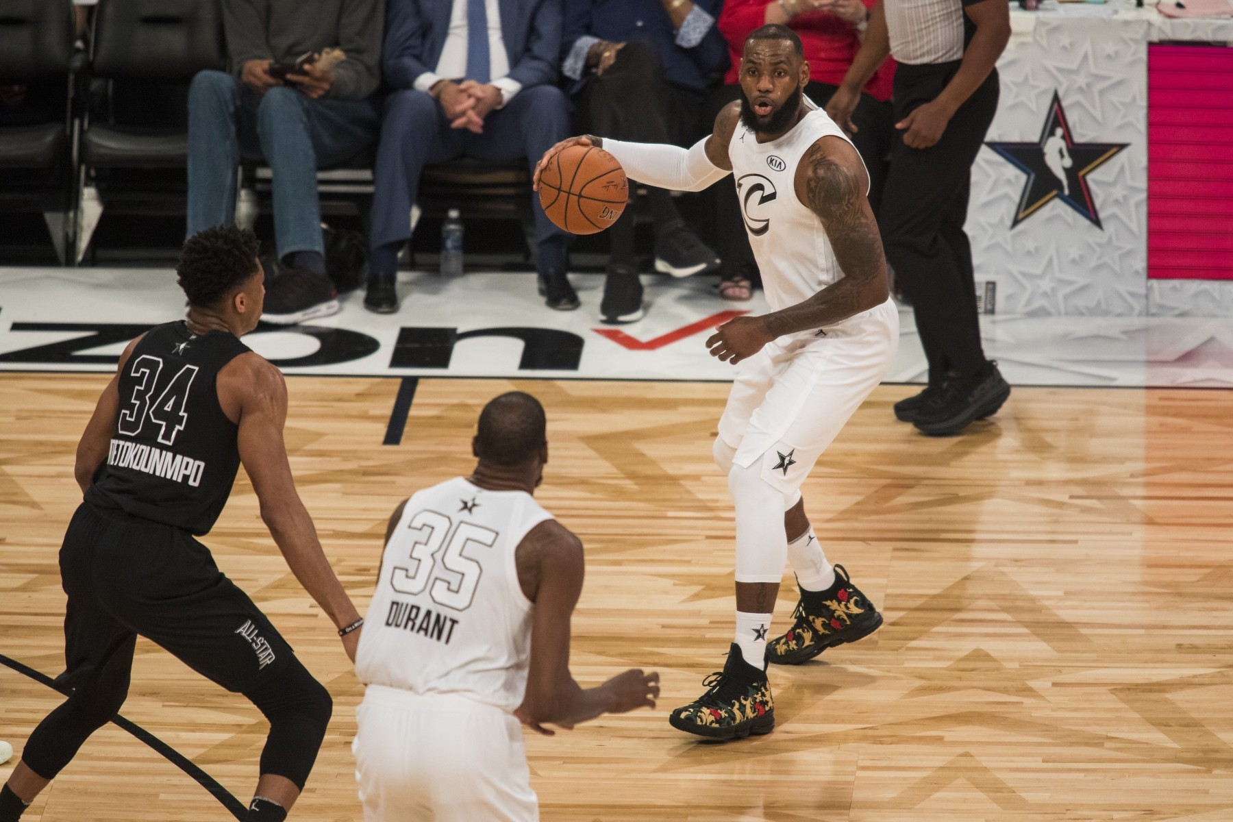 LeBron James #23 of Team Lebron looks to pass the ball to teammate Kevin Durant #35 during the 2018 NBA All-Star Game at the Staples Center in Los Angeles, California on February 18, 2018. (Philip Pacheco/Anadolu Agency/Getty Images)