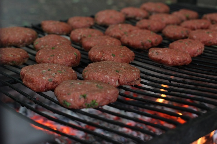 New Study Claims No Need to Cut Down on Red and Processed Meat
