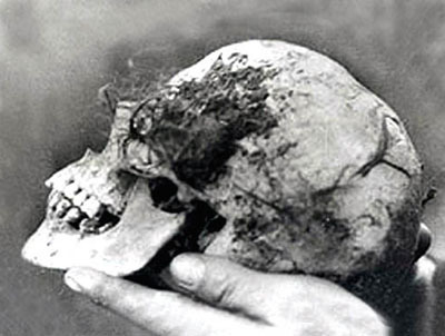 Bella Thorne skull unsolved murder