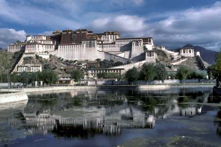 The Potala palace, October 1983 (Marie Mathelin/Roger Viollet/Getty Images)
