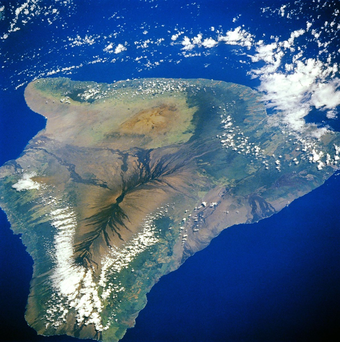 Hawaii's Volcano National Park (NASA Earth Observatory)