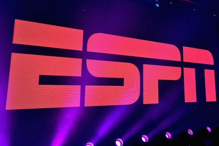 "Ex-ESPN Reporter and Original ""SportsCenter"" Anchor Lou Palmer Dead at 83"