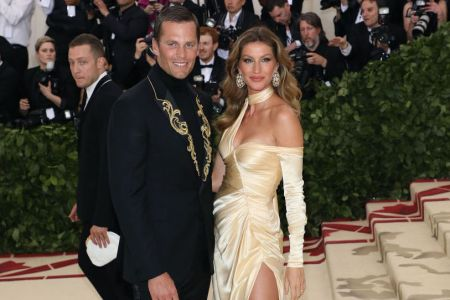 """Tom Brady and Gisele Bundchen attend """"Heavenly Bodies: Fashion & the Catholic Imagination"""", the 2018 Costume Institute Benefit at Metropolitan Museum of Art on May 7, 2018 in New York City.  (Taylor Hill/Getty Images)"""