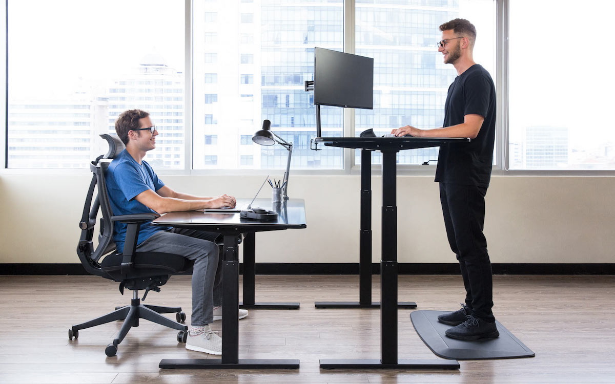 10 Minimalist Desks That'll Turn Your House Office Into a Home Office