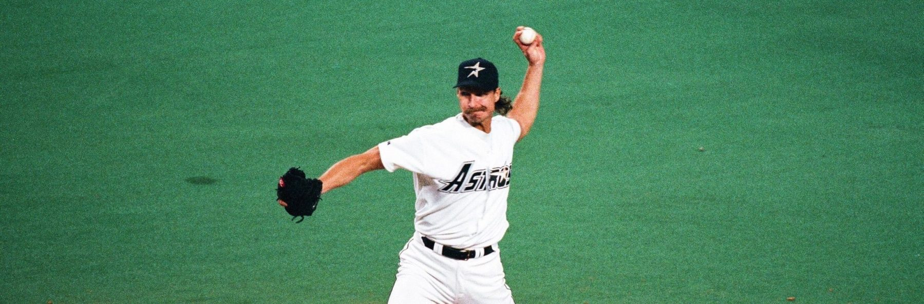Randy Johnson of the Houston Astros during the game against the Philadelphia Phillies on August 7, 1998 at the Astrodome in Houston, Texas. (Photo by Sporting News via Getty Images)