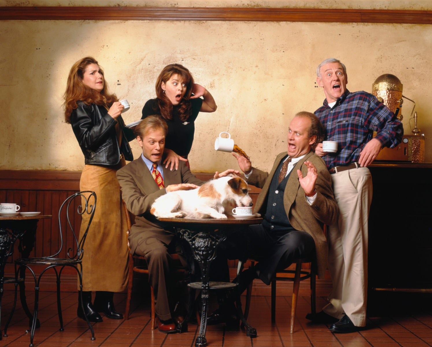 Peri Gilpin as Roz Doyle, David Hyde Pierce as Dr. Niles Crane, Jane Leeves as Daphne Moon, Moose as Eddie, Kelsey Grammer as Dr. Frasier Crane, John Mahoney as Martin Crane    -- Photo by: Andrew Eccles/NBCU Photo Bank