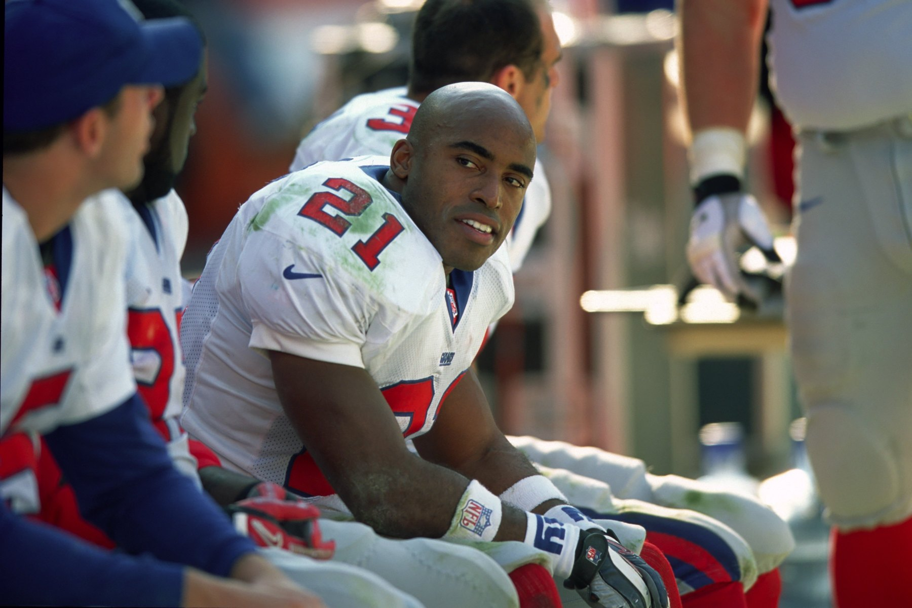 new style ca078 8dd53 Giants Legend Tiki Barber Talks Brady, Kaepernick and Trump ...