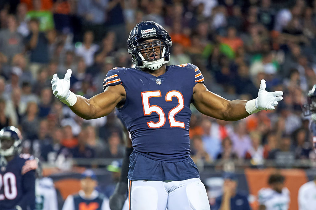CHICAGO, IL - SEPTEMBER 17: Chicago Bears linebacker Khalil Mack (52) celebrates after a play in game action during an NFL game between the Chicago Bears and the Seattle Seahawks on September 17, 2018 at Soldier Field in Chicago, Illinois. (Photo by Robin Alam/Icon Sportswire via Getty Images)