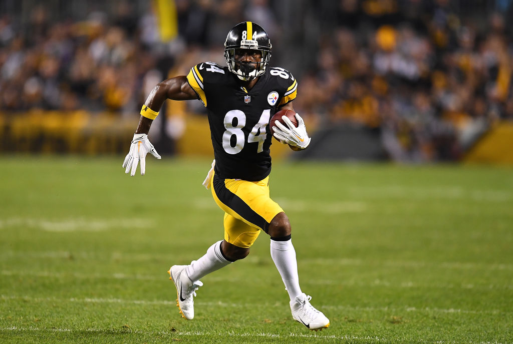 Antonio Brown #84 of the Pittsburgh Steelers in action during the game against the Baltimore Ravens at Heinz Field on September 30, 2018 in Pittsburgh, Pennsylvania. (Photo by Joe Sargent/Getty Images)