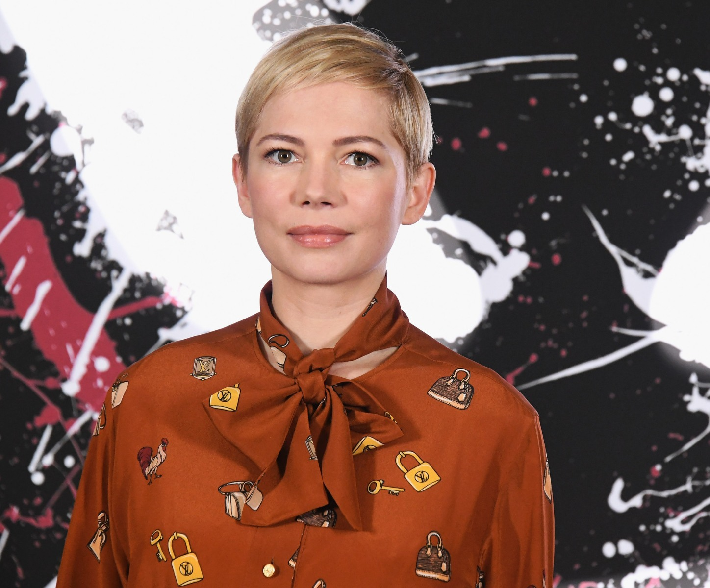 "Michelle Williams attends the photo call for Columbia Pictures' ""Venom"" at Four Seasons Hotel Los Angeles at Beverly Hills on September 27, 2018 in Los Angeles, California. Williams was recently cast as Christa McAuliffe in ""The Challenger."" (Photo by Jon Kopaloff/FilmMagic)"