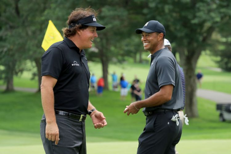 Brady and Manning Will Join Tiger and Phil for Charity Match