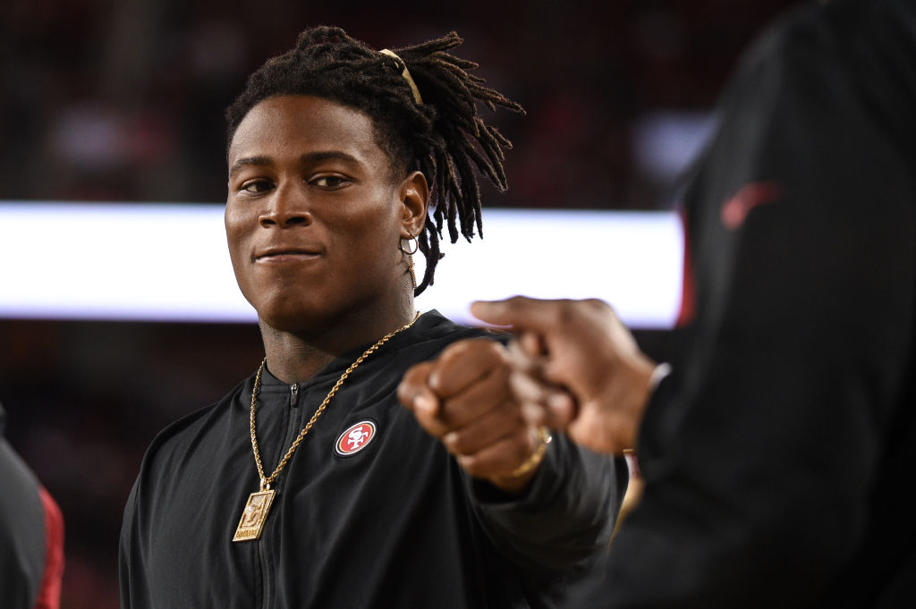 SAN FRANCISCO, CA - NOVEMBER 01: Injured San Francisco 49ers Linebacker Reuben Foster on the sidelines during the NFL football game between the Oakland Raiders and the San Francisco 49ers on November 1, 2018, at Levi's Stadium in Santa Clara, CA. (Photo by Cody Glenn/Icon Sportswire via Getty Images)