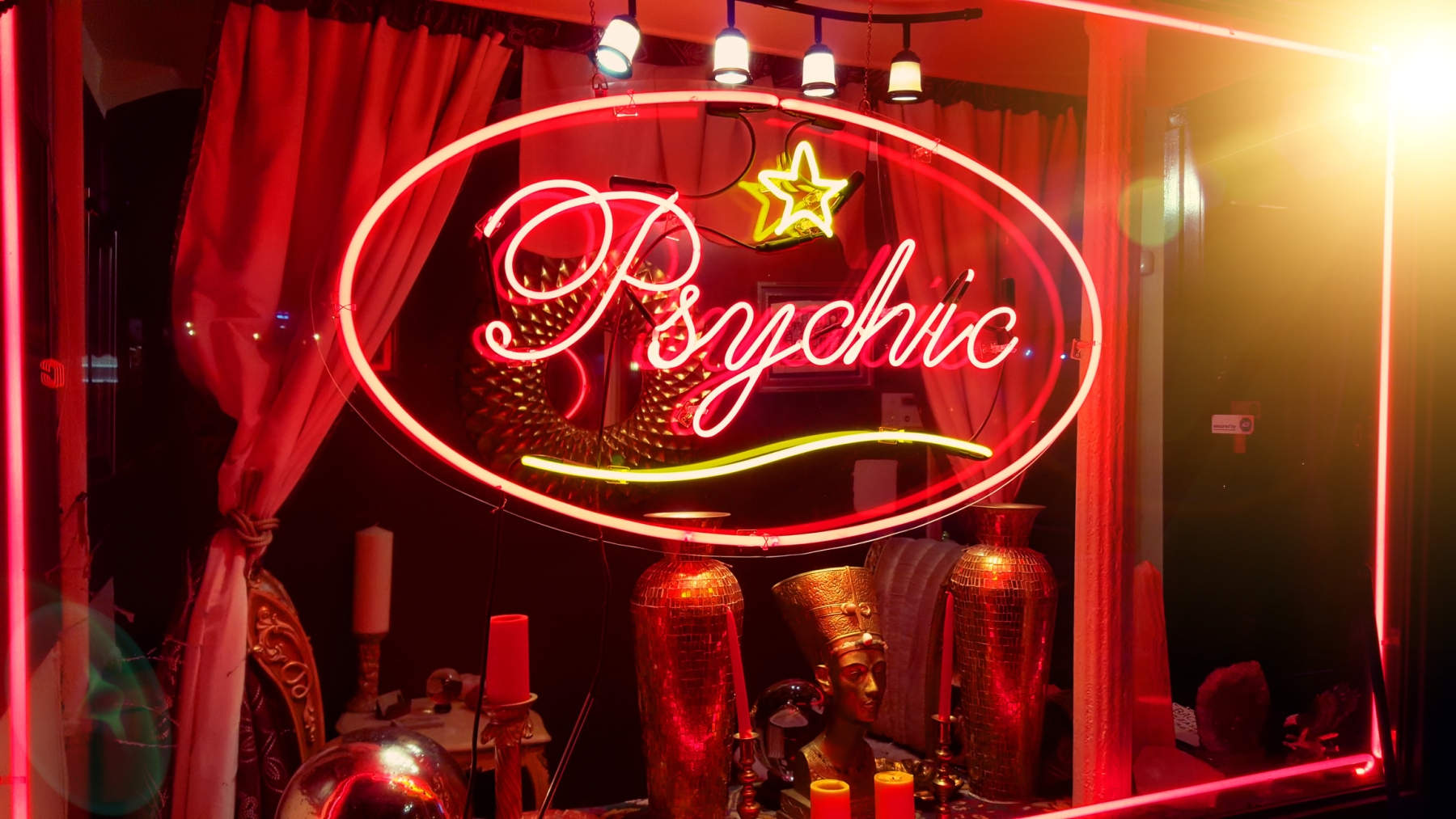 Store window of a psychic parlor in the East Village, Manhattan, New York City (Getty)