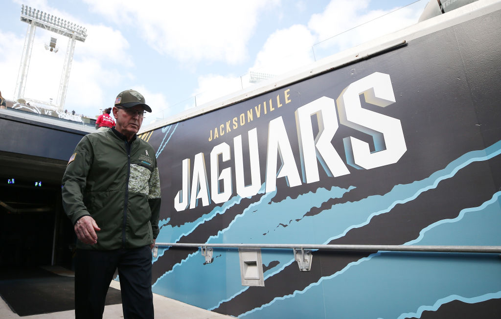 JACKSONVILLE, FL - NOVEMBER 12:  Jacksonville Jaguars executive VP of football operations, Tom Coughlin walks to the field prior to the start of their game against the Los Angeles Chargers at EverBank Field on November 12, 2017 in Jacksonville, Florida.  (Photo by Logan Bowles/Getty Images)