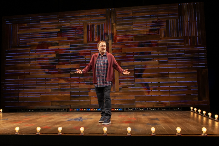"Colin Quinn in ""Red State Blue State."" (Monica Carboni)"