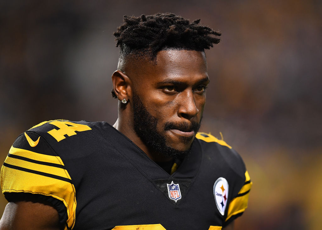 PITTSBURGH, PA - DECEMBER 16:  Antonio Brown #84 of the Pittsburgh Steelers looks on during the game against the New England Patriots at Heinz Field on December 16, 2018 in Pittsburgh, Pennsylvania. (Photo by Joe Sargent/Getty Images)
