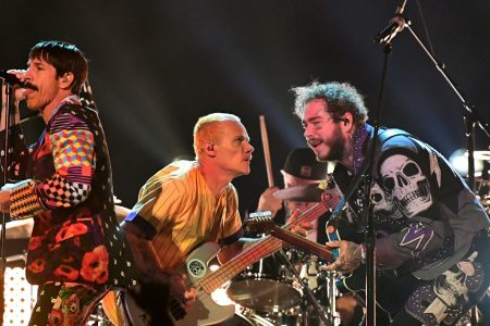 (L-R) Flea, Anthony Kiedis, and Chad Smith of Red Hot Chili Peppers perform onstage with Post Malone during the 61st Annual GRAMMY Awards at Staples Center on February 10, 2019 in Los Angeles, California.  (Photo by Emma McIntyre/Getty Images for The Recording Academy)
