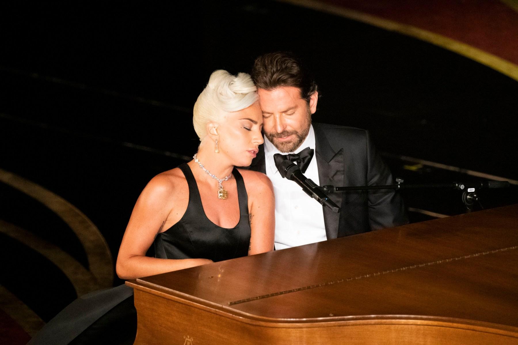 Cooper Gaga Oscars performance