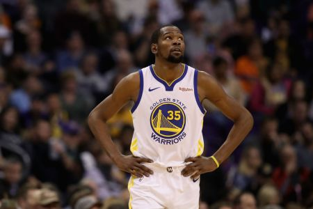 Kevin Durant #35 of the Golden State Warriors during the NBA game against the Phoenix Suns at Talking Stick Resort Arena on February 08, 2019 in Phoenix, Arizona. The Warriors defeated the Suns 117-107. (Photo by Christian Petersen/Getty Images)