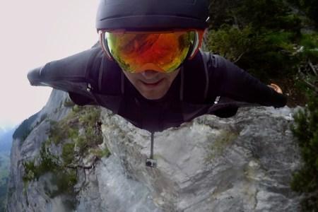 18 Miles … in a Wingsuit