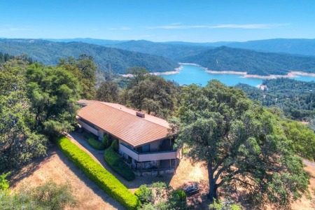 A Decadent Guide to Bay Area Lake Houses