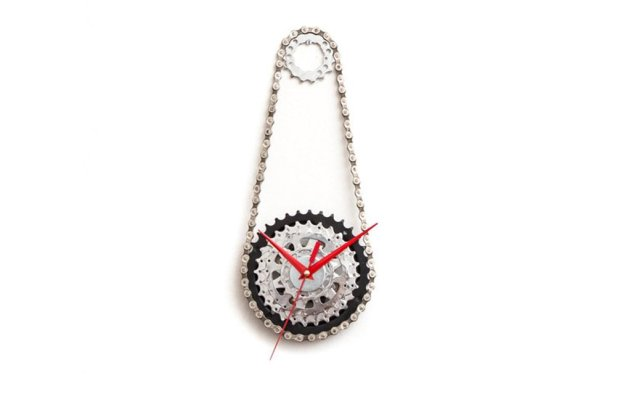 wall clocks made from bicycle parts