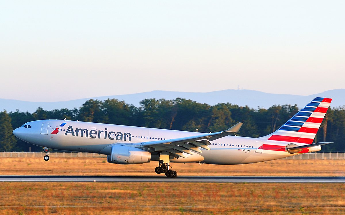 American's New Dirt-Cheap Euro Fares Come With a Big, Fat Asterisk