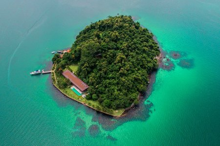 Life Goals: This Private Island, the Gorgeous House and the Yacht Moored Outside