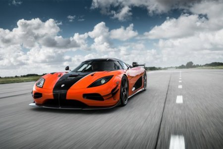 The Koenigsegg Agera RS Is Here and Ready for Her Closeup