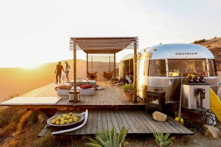 When Airstreams Become Seaside Airbnbs, Everyone Wins