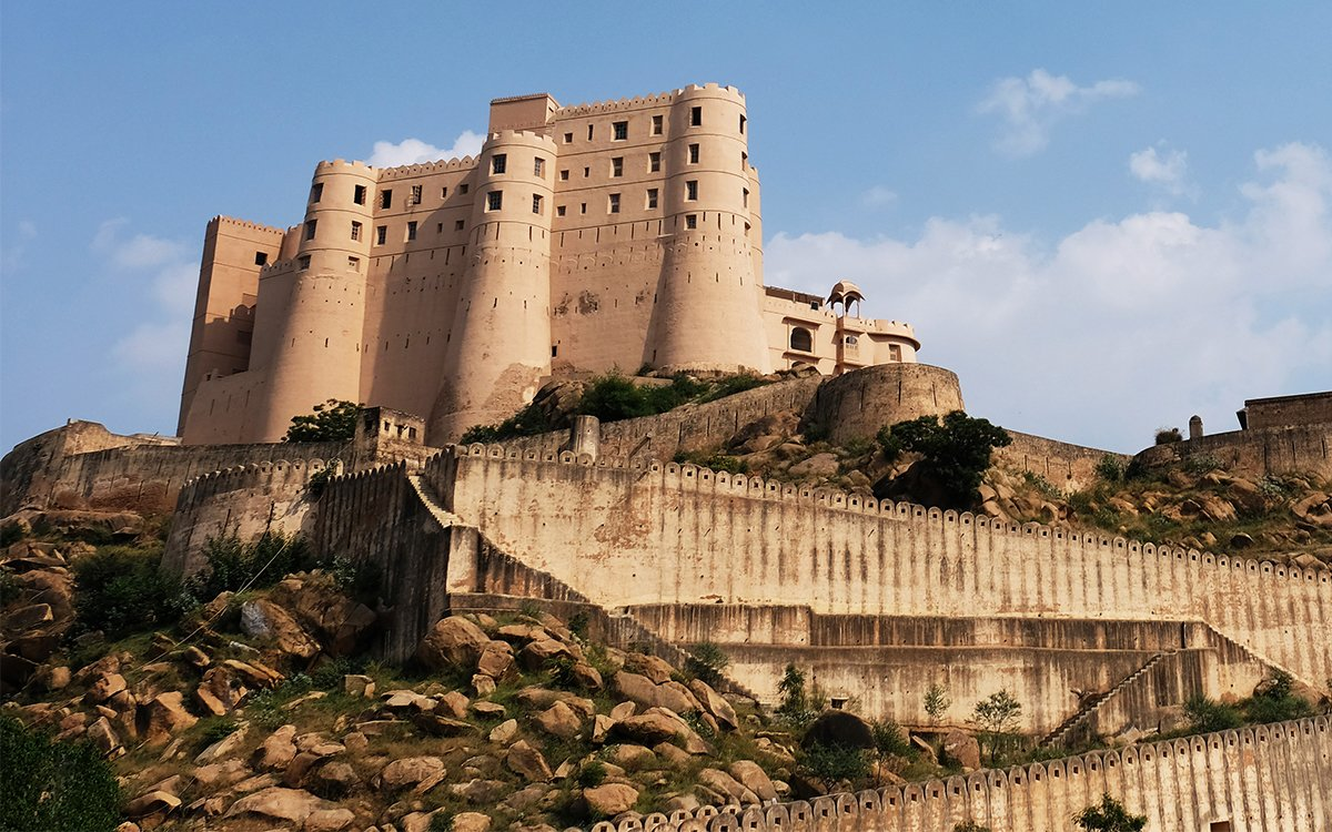 Staying in a 230-Year-Old Indian War Fort Sounds Pretty Chill