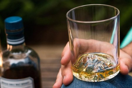 The 12 Tools Every Home Bar Needs