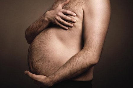 German Ad Campaign Pays Homage to the Beer Gut, Is Wonderful
