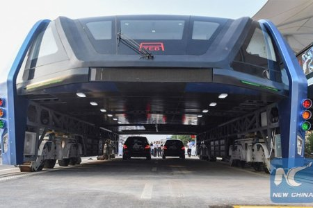 China Actually Made That Elevated Straddle Concept Bus Happen