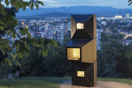 Jack's Beanstalk Has Nothing on These Stackable Cabins