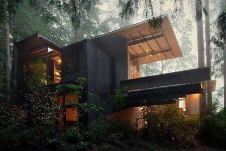 Of Course the Prettiest Cabin in America Is in Washington