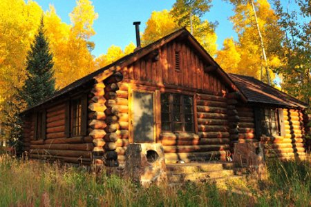 The National Forest Service Is Hiring Someone to Live in Some Cabins