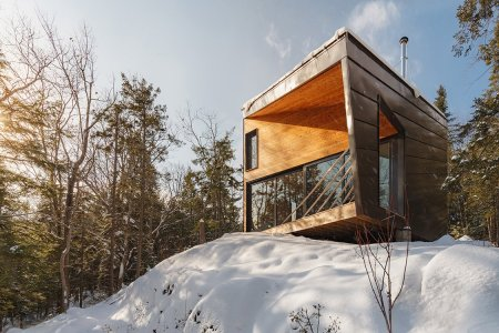 This Cabin Is the Best Thing to Come out of New Hampshire Since … Ever
