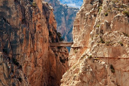 The 5 Scariest Hikes in the World