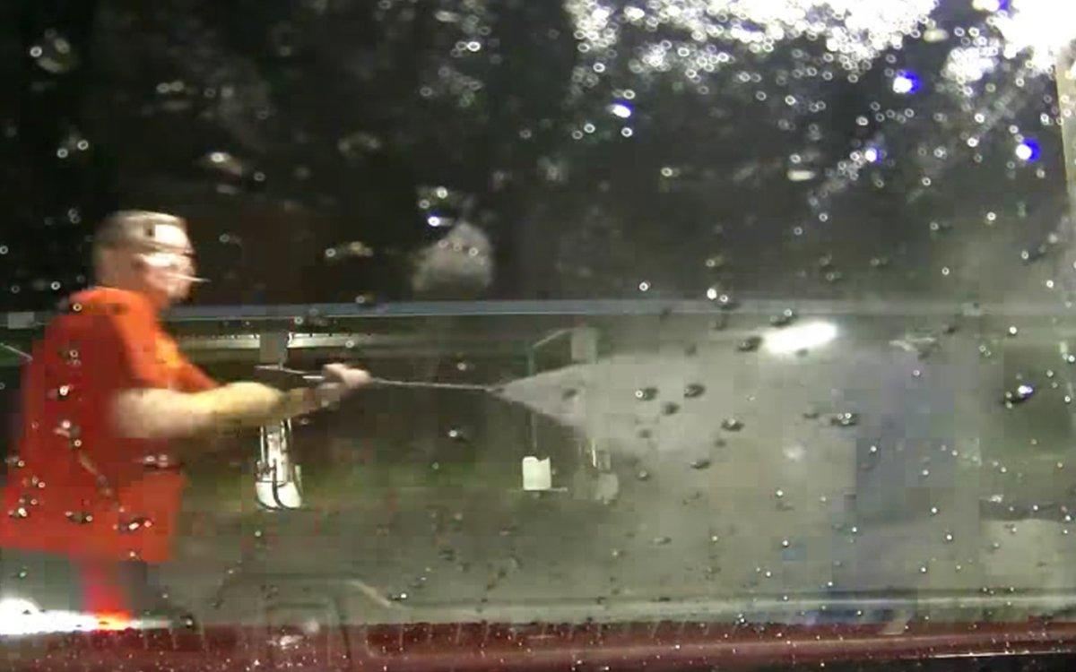 Man Turns High-Pressure Sprayer on Wannabe Carjackers