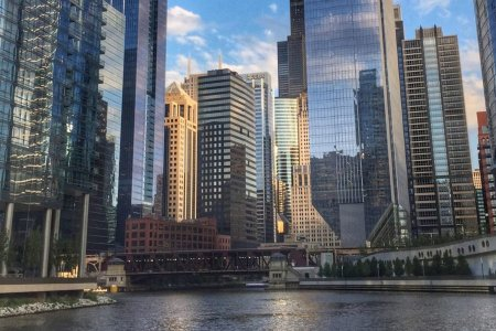 Atlas Obscura's New Boat Tours Involve Beer, Chicago Lore