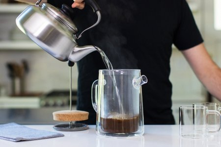 Chicago's Manual Coffeemaker No. 3 Makes Damn Good Coffee