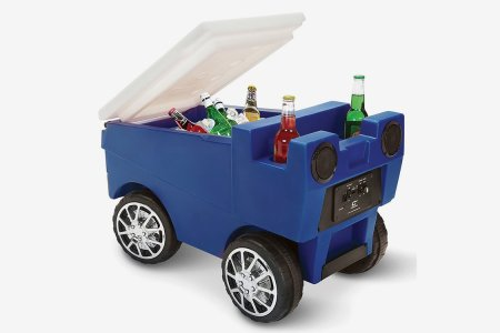 The Remote-Controlled Zamboni Beer Cooler Is Man's New Best Friend
