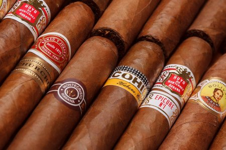 Obama Just Opened the Floodgates on Cuban Cigars and Rum
