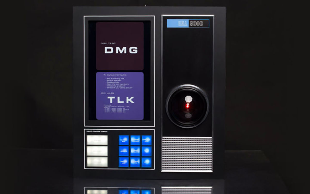 This HAL 9000 Virtual Assistant Will Gladly Take Control of Your Home